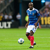 05 September 2009: French defender Lassana Diarra controls the ball during the World Cup 2010 qualifying football match France vs. Romania (1-1), on September 5, 2009 at the Stade de France stadium in Saint-Denis, near Paris, France.