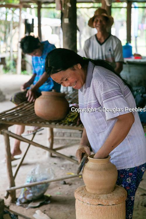 Andong Russei pottery, Kamphong Chhnang, Tonle Sap River,  Cambodia