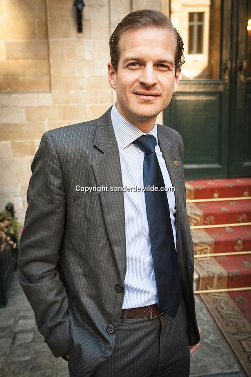 Brussel 15 oktober 2012. Burgemeester Freddy Thielemans stelt het nieuwe schepencollege van Brussel-STAD voor met Geoffroy Coomans de Brachene