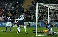Photo: Glyn Thomas.<br />England v Argentina. International Friendly. 12/11/2005.<br />England's Michael Owen (not pictured) scores his team's second goal to equalise at 2-2.