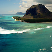 La montagne du Morne Barbant patrimoine class&eacute; par l'UNESCO. | The mountain of Morne Barbant classified by UNESCO<br />