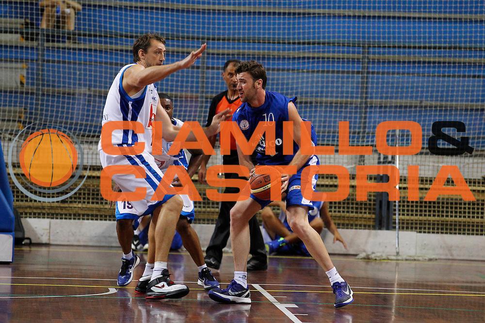 DESCRIZIONE : Novara Torneo di Novara Lega A 2011-12 Angelico Biella Bennet Cantu<br /> GIOCATORE : Albert Miralles<br /> CATEGORIA : Palleggio<br /> SQUADRA : Angelico Biella<br /> EVENTO : Campionato Lega A 2011-2012<br /> GARA : Angelico Biella Bennet Cantu<br /> DATA : 11/09/2011<br /> SPORT : Pallacanestro<br /> AUTORE : Agenzia Ciamillo-Castoria/G.Cottini<br /> Galleria : Lega Basket A 2011-2012<br /> Fotonotizia : Novara Torneo di Novara Lega A 2011-12 Angelico Biella Bennet Cantu<br /> Predefinita :