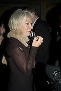 HELEN MIRREN, Discover Wilton's Music Hall, Fundraising event. Graces alley, Ensign St. London. 5 December 2007. -DO NOT ARCHIVE-© Copyright Photograph by Dafydd Jones. 248 Clapham Rd. London SW9 0PZ. Tel 0207 820 0771. www.dafjones.com.