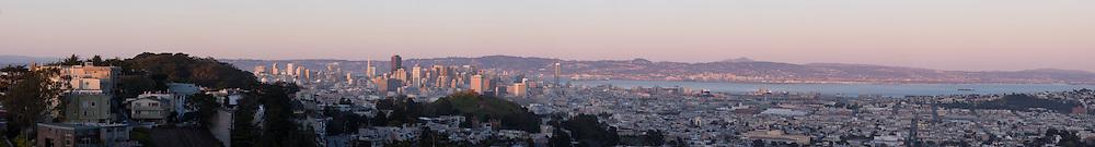 San Francisco Cityscape. (26641 x 3608 pixels)