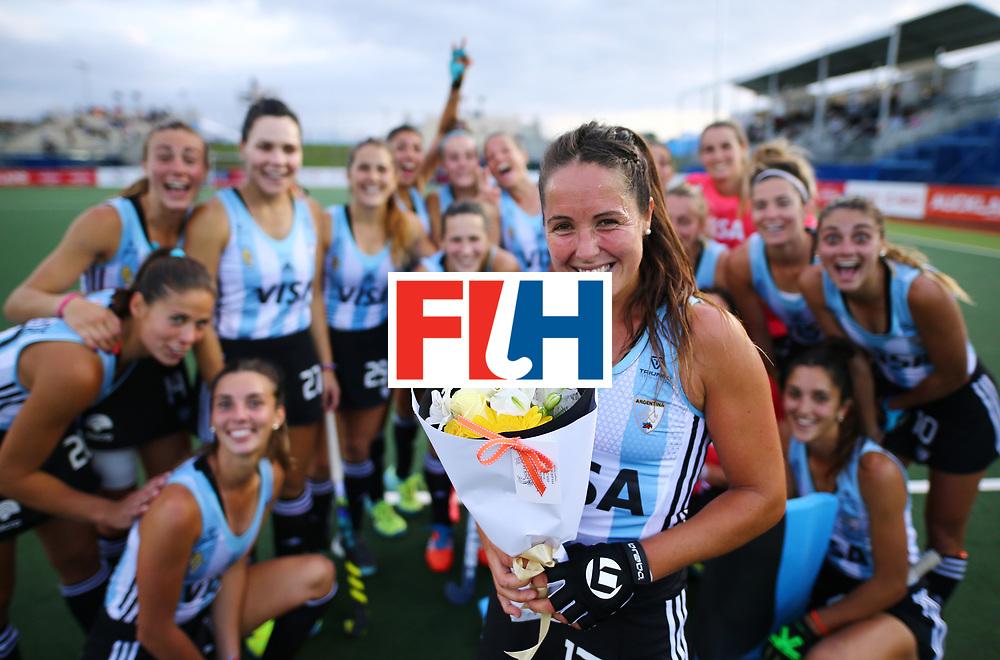 New Zealand, Auckland - 24/11/17  <br /> Sentinel Homes Women&rsquo;s Hockey World League Final<br /> Harbour Hockey Stadium<br /> Copyrigth: Worldsportpics, Rodrigo Jaramillo<br /> Match ID: 10307 - ARG-GER<br /> Photo: (17) SANCHEZ MOCCIA Rocio 200 cups