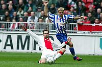 Fotball. Nederlandsk liga. 17.03.2002. Ajax v Heerenveen 2-0. Andre Bergdølmo og Markus Allbäck.<br />Foto: Stanley Gontha, Digitalsport.
