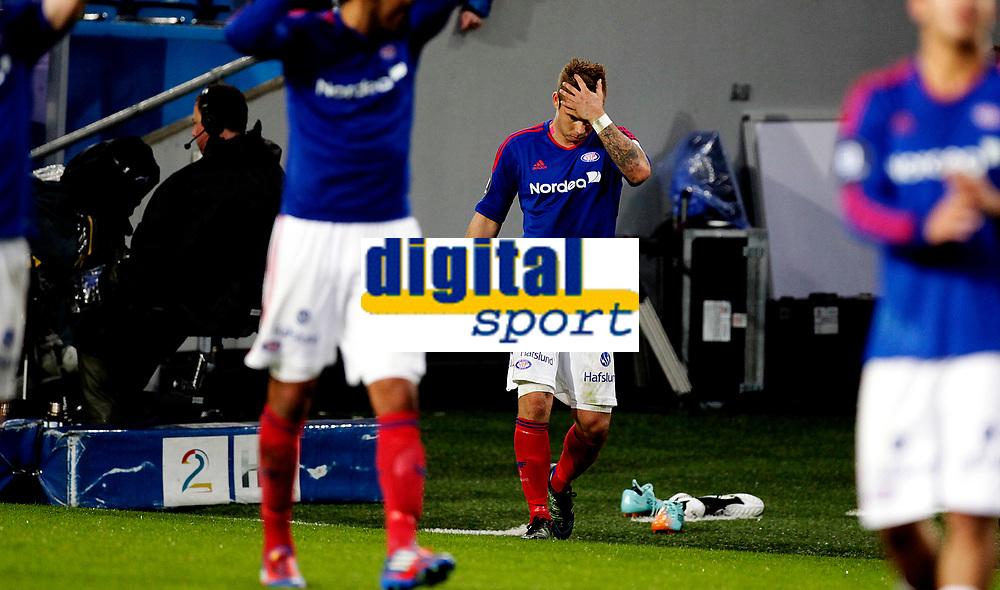 Fotball<br /> Tippeligaen<br /> Ullev&aring;l Stadio 20.04.12<br /> V&aring;lerenga VIF - Sogndal<br /> MArcus Pedersen depper<br /> Foto: Eirik F&oslash;rde