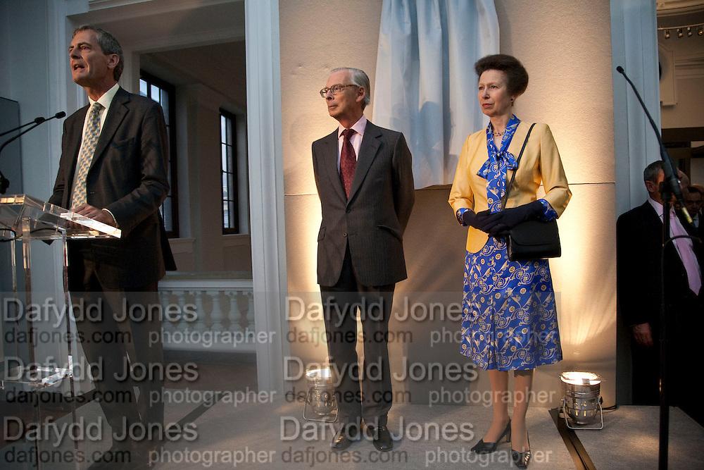 MARK JONES; SIR TIM SAINSBURY; THE PRINCESS ROYAL, Opening of the V. and A.'s New Ceramics Galleries by the Princess Royal. V. & A. London. 16 September 2009