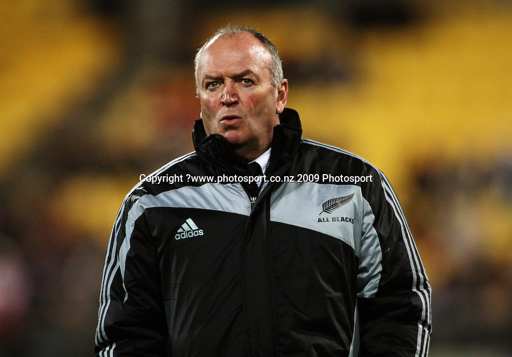 All Blacks coach Graham Henry.<br /> Investec Tri-Nations - All Blacks v Australia at Westpac Stadium, Wellington. Saturday 19 September 2009. Photo: Dave Lintott/PHOTOSPORT