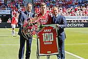 ALKMAAR - 09-08-2015, AZ - Ajax, AFAS Stadion, Robert Eenhoorn, AZ speler Markus Henriksen (m), Earnest Stewart.