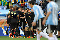 FOOTBALL - FIFA WORLD CUP 2010 - 1/4 FINAL - ARGENTINA v GERMANY - 3/07/2010 - JOY GERMANY AFTER THE THOMAS MUELLER GOAL<br /> PHOTO FRANCK FAUGERE / DPPI