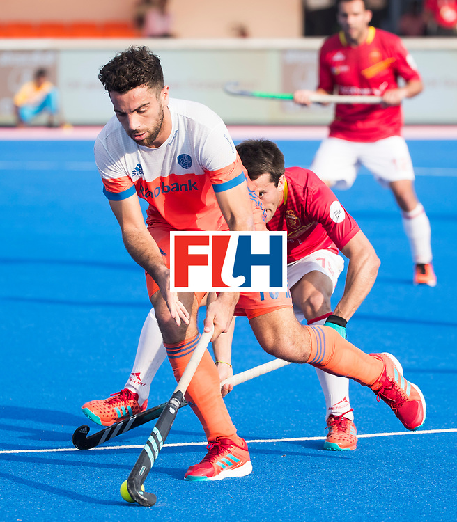 BHUBANESWAR -  Valentin Verga (Ned)   tijdens  de Hockey World League Final wedstrijd Nederland-Spanje (2-3).  COPYRIGHT  KOEN SUYK