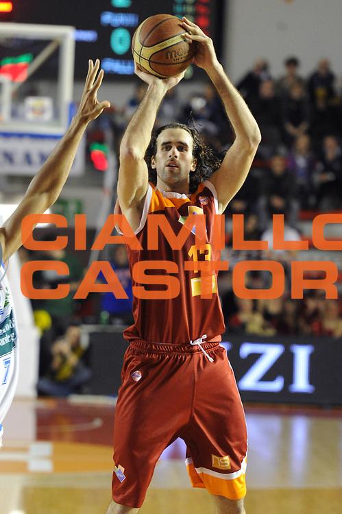 DESCRIZIONE : Roma Lega A 2011-12 Acea Virtus Roma Banco di Sardegna Sassari<br /> GIOCATORE : Luigi Datome<br /> CATEGORIA : tiro<br /> SQUADRA : Acea Virtus Roma<br /> EVENTO : Campionato Lega A 2011-2012<br /> GARA : Acea Virtus Roma Banco di Sardegna Sassari<br /> DATA : 07/03/2012<br /> SPORT : Pallacanestro<br /> AUTORE : Agenzia Ciamillo-Castoria/GiulioCiamillo<br /> Galleria : Lega Basket A 2011-2012<br /> Fotonotizia : Roma Lega A 2011-12 Acea Virtus Roma Banco di Sardegna Sassari<br /> Predefinita :