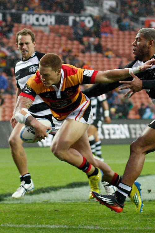 Waikato's Declan O'Donnell about to score a try against Hawke's Bay in the ITM Cup rugby match, Waikato Stadium, Hamilton, New Zealand, Saturday , October 13, 2012. Credit:SNPA / Dion Mellow