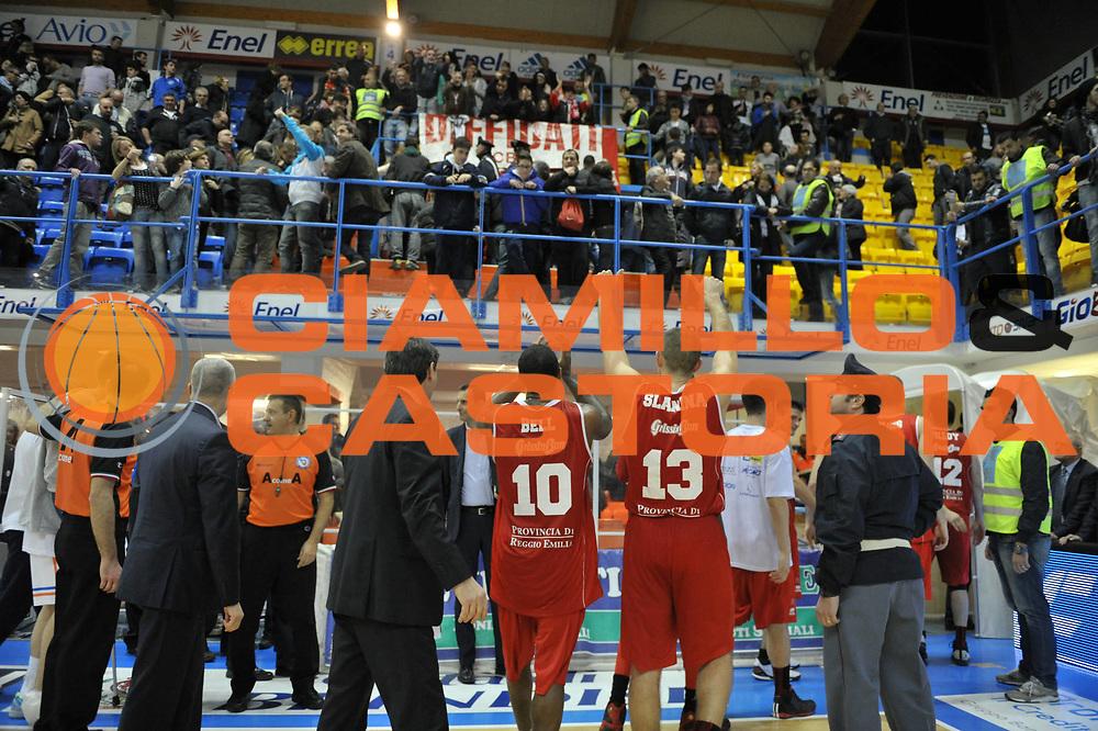 DESCRIZIONE : Brindisi Lega A 2012-13 Enel Brindisi Trenkwalder Reggio Emilia<br /> GIOCATORE : Bell Troy Slanina Donatas<br /> CATEGORIA : Esultanza<br /> SQUADRA : Trenkwalder Reggio Emilia<br /> EVENTO : Campionato Lega A 2012-2013 <br /> GARA : Enel Brindisi Trenkwalder Reggio Emilia<br /> DATA : 01/04/2013<br /> SPORT : Pallacanestro <br /> AUTORE : Agenzia Ciamillo-Castoria/V.Tasco<br /> Galleria : Lega Basket A 2012-2013  <br /> Fotonotizia : Brindisi Lega A 2012-13 Enel Brindisi Trenkwalder Reggio Emilia