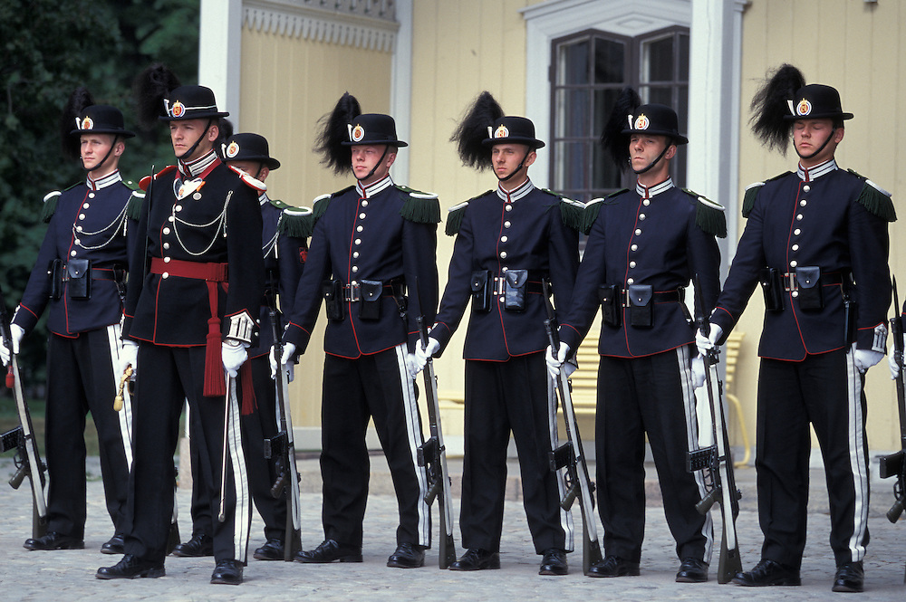 Europe, Norway, Changing of the Royal Palace guard ceremony in front of the Slottet in Oslo.
