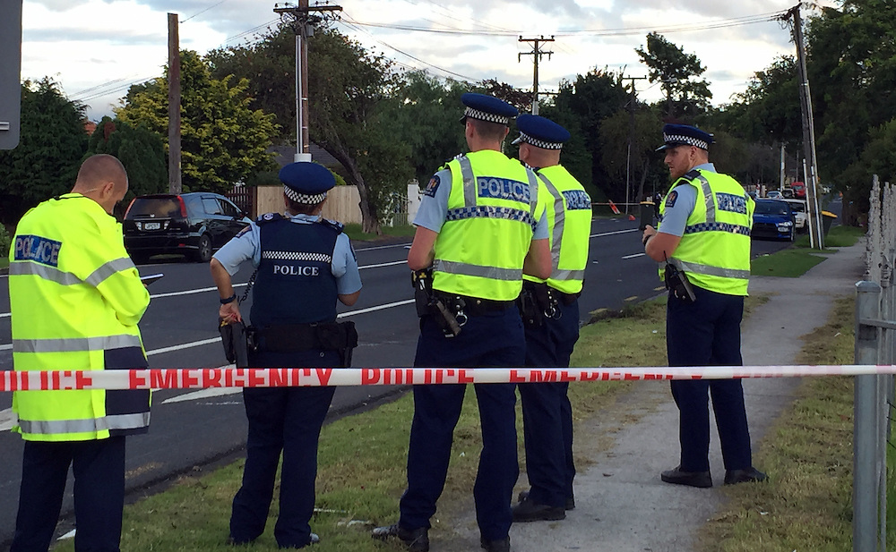 Police have cordoned off motorway off ramps following a woman being admitted in a critcal condition to hospital after it is believed she was bound and gagged fell from from the boot of a moving car on Huia Road in Papatoetoe, Auckland, New Zealand, Tuesday, March 01, 2016.  Credit:SNPA / Daniel HInes
