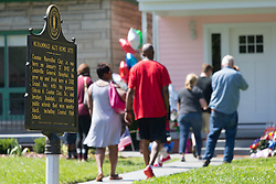 Legendary heavyweight boxing champion Muhammad Ali, a Louisville, Ky. native, died Friday, June 3, 2016. Murals and tributes could be seen across his hometown as people mourned the charismatic sports figure.<br /> <br /> June 05, 2016.