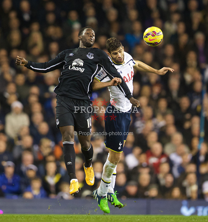 LONDON, ENGLAND - Sunday, November 30, 2014: Everton's Romelu Lukaku in action against Tottenham Hotspur during the Premier League match at White Hart Lane. (Pic by David Rawcliffe/Propaganda)