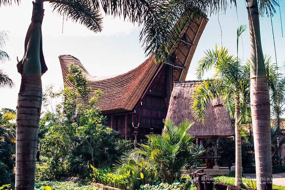 Bali, Gianyar, Batubulan. Exhibition of a traditional Toraja house from Sulawesi at the Bali Bird Park.