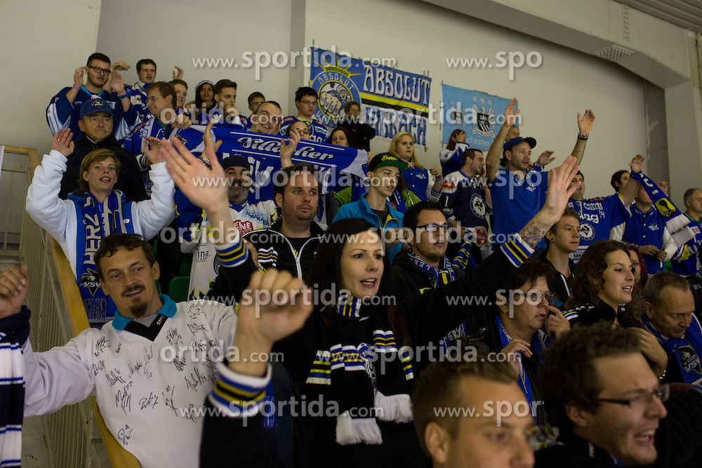 26.09.2014, Hala Tivoli, Ljubljana, SLO, EBEL, HDD Telemach Olimpija Ljubljana vs EC VSV, 5. Runde, in picture Fans of EC VSV during the Erste Bank Icehockey League 5. Round between HDD Telemach Olimpija Ljubljana and EC VSV at the Hala Tivoli, Ljubljana, Slovenia on 2014/09/26. Photo by Matic Klansek Velej / Sportida