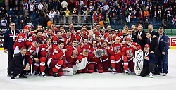 15.04.2011, Orange Arena, Bratislava, SVK, IIHF 2011 World Championship, Russia vs Czech Republic, im Bild .TEAM CZECH REP. WITH BRONZE MEDALS. EXPA Pictures © 2011, PhotoCredit: EXPA/ EXPA/ Newspix/ .Tadeusz Bacal +++++ ATTENTION - FOR AUSTRIA/(AUT), SLOVENIA/(SLO), SERBIA/(SRB), CROATIA/(CRO), SWISS/(SUI) and SWEDEN/(SWE) CLIENT ONLY +++++