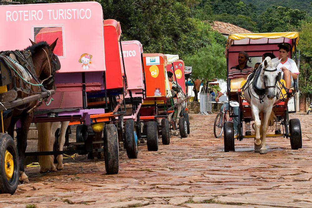 Tiradentes_MG, Brasil...Charretes em Tiradentes...The chariots in Tiradentes...FOTO: BRUNO MAGALHAES / NITRO