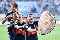 Meisterfeier FC Bayern, v.l. Javier ''Javi'' Martinez, Thiago Alcantara, Rafinha, Juan Bernat (Bayern) <br /> Augsburg, 07.04.2018, Fussball Bundesliga, FC Augsburg - FC Bayern München 1:4<br /> <br /> Norway only