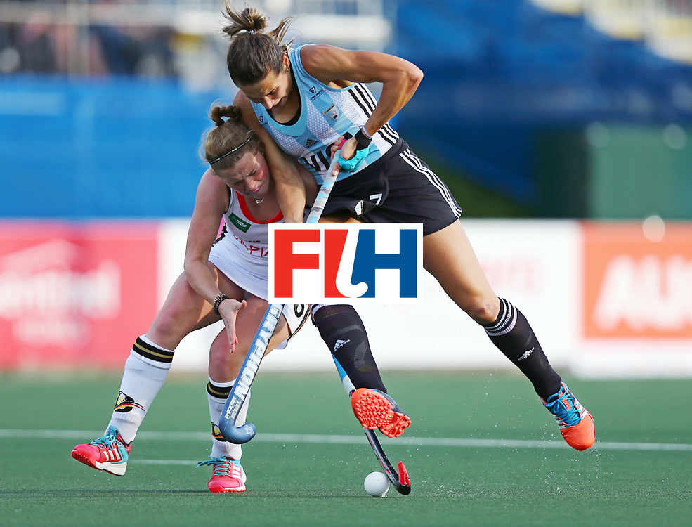 New Zealand, Auckland - 24/11/17  <br /> Sentinel Homes Women&rsquo;s Hockey World League Final<br /> Harbour Hockey Stadium<br /> Copyrigth: Worldsportpics, Rodrigo Jaramillo<br /> Match ID: 10307 - ARG-GER<br /> Photo: (7) CAVALLERO Martina against (16) SCHAUNIG Maike