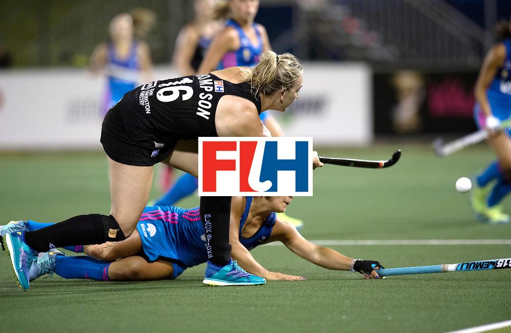 AUCKLAND - Sentinel Hockey World League final women<br /> Match id: 10304<br /> 14 ARG vNZL 1-2<br /> Foto: Maria Granatto duel with Liz Thompson <br /> WORLDSPORTPICS COPYRIGHT FRANK UIJLENBROEK