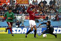 Roma 2/11/2003 <br />Roma Reggina 2-0 <br />John Carew (Roma) segna il gol del 2-0<br />John Carew (Roma) scores 2-0 for AS Roma<br />Foto Andrea Staccioli Graffiti