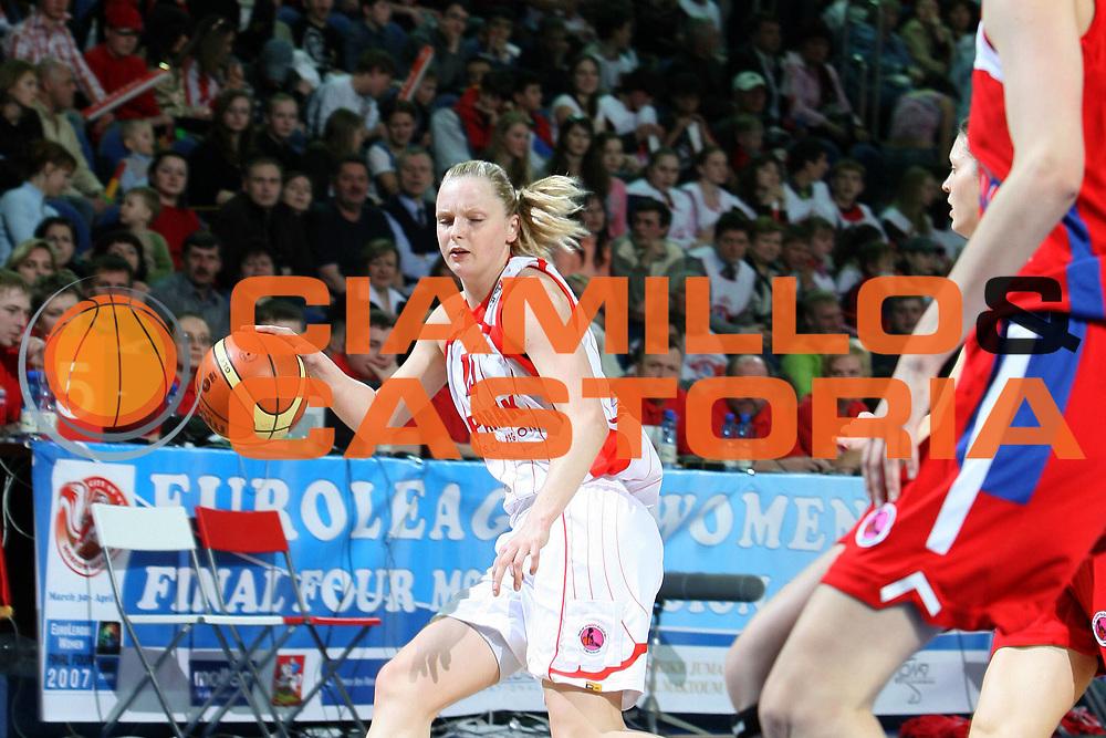 DESCRIZIONE : Mosca Moscow Region Eurolega Donne Euroleague Women Final Four 2007 Semifinal Spartak Moscow Region-CSKA Samara<br /> GIOCATORE : Bibrzycka<br /> SQUADRA : Spartak Moscow Region<br /> EVENTO : Mosca Moscow Region Eurolega Donne Euroleague Women Final Four 2007<br /> GARA : Spartak Moscow Region CSKA Samara<br /> DATA : 30/03/2007 <br /> CATEGORIA : Palleggio<br /> SPORT : Pallacanestro <br /> AUTORE : Agenzia Ciamillo-Castoria/E.Castoria<br /> Galleria : Euroleague Women Final Four 2007<br /> Fotonotizia : Mosca Moscow Region Eurolega Donne Euroleague Women Final Four 2007 Semifinal Spartak Moscow Region-CSKA Samara<br /> Predefinita :
