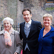 NLD/Den Haag/20130917 -  Prinsjesdag 2013,Minister van Financien Jeroen Dijsselbloem met moeder en partner