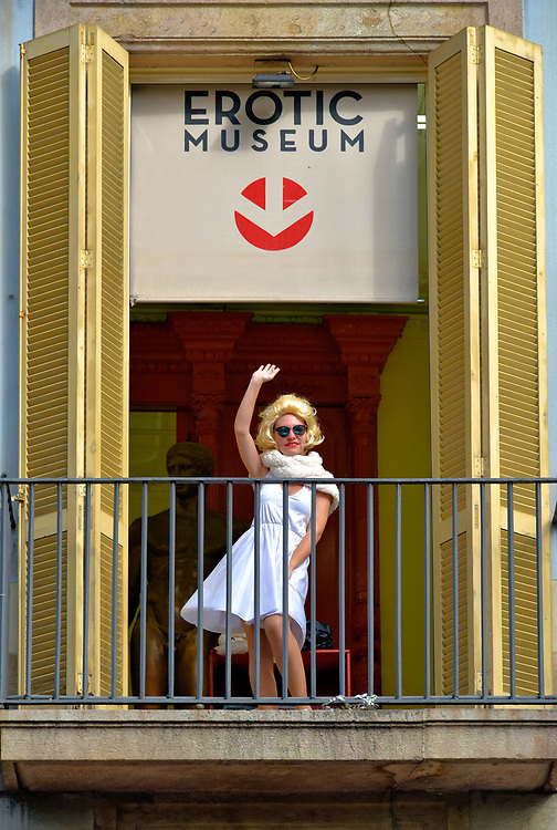 Monroe Impersonator at Erotic Museum on La Rambla in Barcelona, Spain<br />