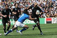 Mauro BERGAMASCO / Jerry COLLINS - 08.09.2007 - Nouvelle Zelande / Italie - Coupe du Monde de Rugby 2007 - Stade Velodrome de Marseille - Photo : Reportage-Press / Icon Sport