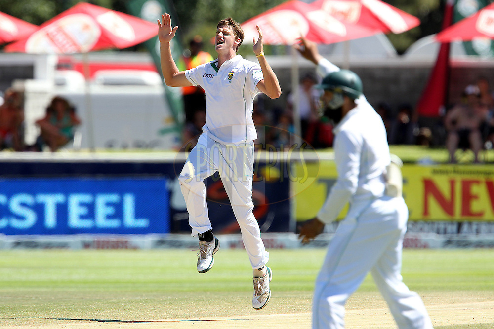 Morne Morkel of South Africa reacts after a close call during day 5 of the 3rd test between South Africa and India held at Sahara Park Newlands Stadium in Cape Town on the 6 January 2011..Photo by Ron Gaunt/BCCI/SPORTZPICS