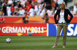 05.07.2011, Borussia-Park, Moenchengladbach, GER, FIFA Women Worldcup 2011, Gruppe A,  Frankreich (FRA) Deutschland (GER) ,. im Bild Trainerin Silvia Neid (GER)  . // during the FIFA Women´s Worldcup 2011, Pool A,France vs Germany on 2011/06/26, Borussia-Park, Moenchengladbach, Germany. EXPA Pictures © 2011, PhotoCredit: EXPA/ nph/  Karina Hessland       ****** out of GER / CRO  / BEL ******