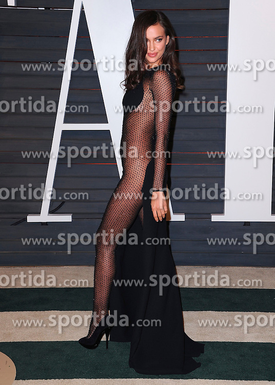22.02.2015, Wallis Anneberg Center for the Performing Arts, Beverly Hills, USA, Vanity Fair Oscar Party 2015, Roter Teppich, im Bild Irina Shayk // during the red Carpet of 2015 Vanity Fair Oscar Party at the Wallis Anneberg Center for the Performing Arts in Beverly Hills, United States on 2015/02/22. EXPA Pictures &copy; 2015, PhotoCredit: EXPA/ Newspix/ PGSK<br /> <br /> *****ATTENTION - for AUT, SLO, CRO, SRB, BIH, MAZ, TUR, SUI, SWE only*****