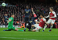 Football - 2018 / 2019 Premier League - Arsenal vs. Manchester United<br /> <br /> Romelu Lukaku of United is foiled by Arsenal goalkeeper, Bernd Leno, at The Emirates.<br /> <br /> COLORSPORT/ANDREW COWIE