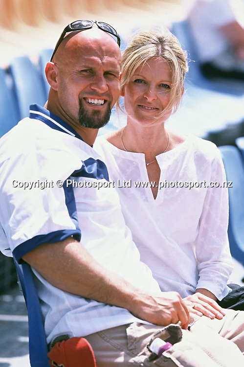 Warriors CEO Mick Watson and wife Mel at a Warriors Open Day 2001.<br /> Copyright photo: Andrew Cornaga / www.photosport.co.nz