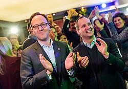 25.02.2018, Innsbruck, AUT, Landtagswahl in Tirol 2018, im Bild v.l.: Spitzenkandidat Dominik Oberhofer (NEOS), Bundesparteichef Matthias Strolz (NEOS) während der Wahlfeier der NEOS // celebrate after the State election in Tyrol 2018. Innsbruck, Austria on 2018/02/25. EXPA Pictures © 2018, PhotoCredit: EXPA/ JFK