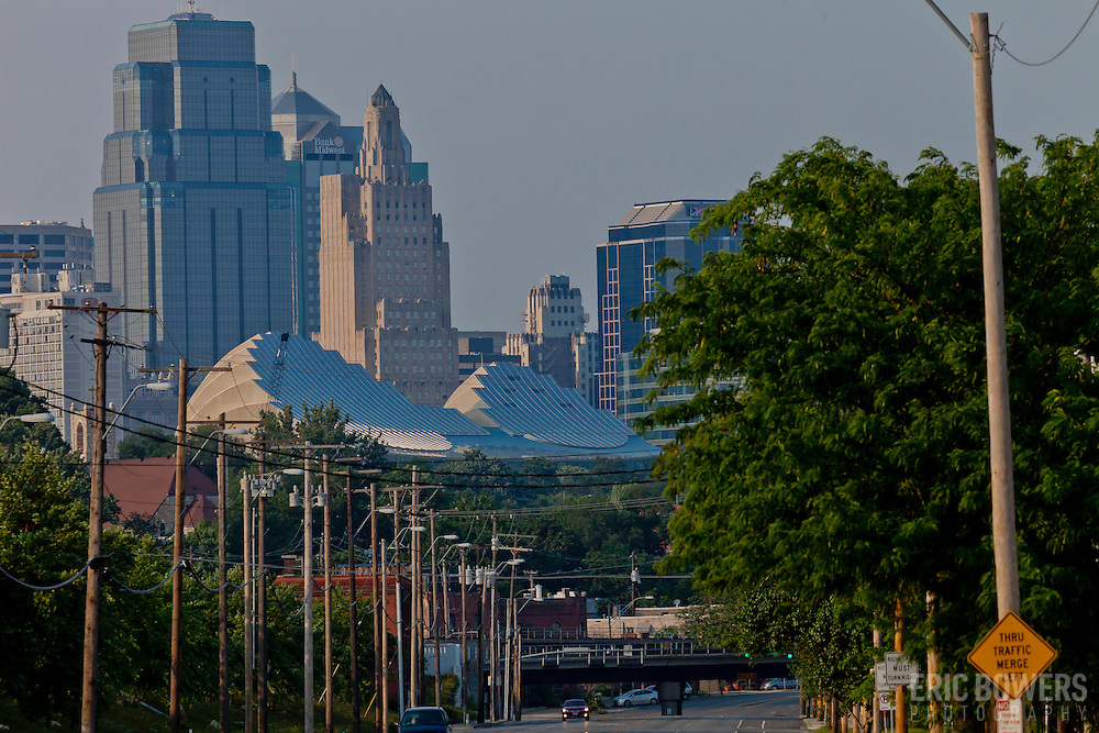 View of the Kansas City skyline from Southwest Boulevard.