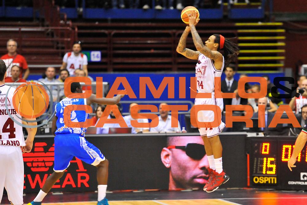 DESCRIZIONE : Campionato 2013/14 Semifinale GARA 2 Olimpia EA7 Emporio Armani Milano - Dinamo Banco di Sardegna Sassari<br /> GIOCATORE : David Moss<br /> CATEGORIA : Tiro Tre Punti Controcampo<br /> SQUADRA : \m<br /> EVENTO : LegaBasket Serie A Beko Playoff 2013/2014<br /> GARA : Olimpia EA7 Emporio Armani Milano - Dinamo Banco di Sardegna Sassari<br /> DATA : 01/06/2014<br /> SPORT : Pallacanestro <br /> AUTORE : Agenzia Ciamillo-Castoria / Luigi Canu<br /> Galleria : LegaBasket Serie A Beko Playoff 2013/2014<br /> Fotonotizia : DESCRIZIONE : Campionato 2013/14 Semifinale GARA 2 Olimpia EA7 Emporio Armani Milano - Dinamo Banco di Sardegna Sassari<br /> Predefinita :
