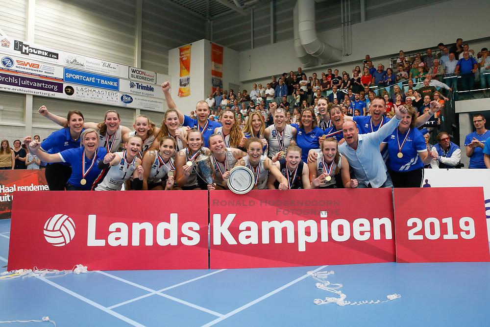 20190424 NED: Sliedrecht Sport - VC Sneek: Sliedrecht<br /> Sliedrecht Sport Nederlands Kampioen Volleybal Seizoen 2018 - 2019<br /> ©2019-FotoHoogendoorn.nl / Pim Waslander