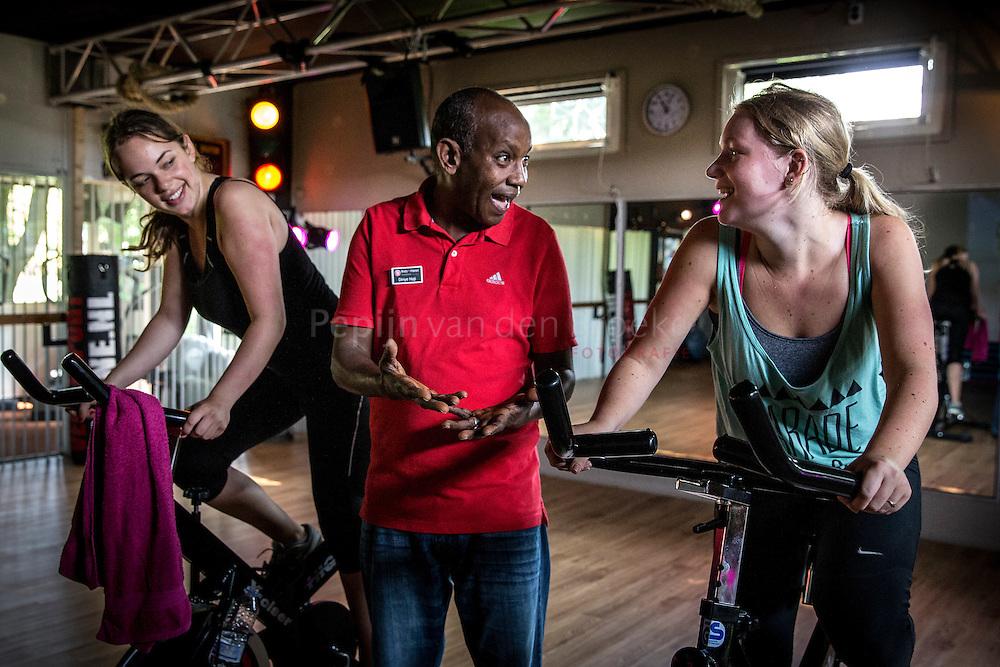 Haren 20140603. Diriye Haji Sidow Ibrahim werkt bij fitness club Bodyfit. foto: Pepijn van den Broeke. kilometers: 11
