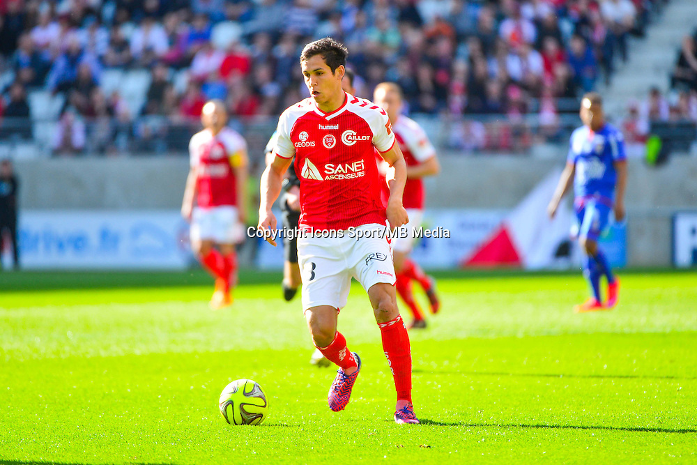 Aissa MANDI - 12.04.2015 - Reims / Nice - 32eme journee de Ligue 1 <br />