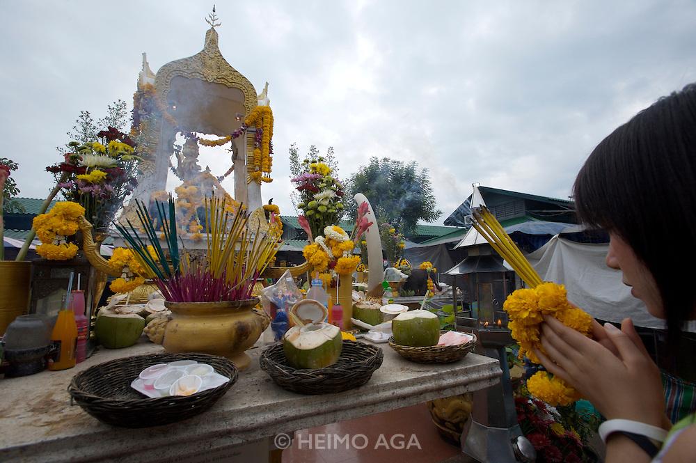 Chatuchak Sunday Market. Buddhist shrine.