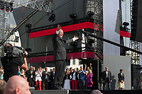 17 AUG 2013, BERLIN/GERMANY:<br /> Peer Steinbrueck, SPD Kanzlerkandidat, vor seiner Rede, Deutschlandfest anl. des 150. Jubilaeums der Parteigruendung der SPD, Strasse des 17. Juni, vor dem Brandenburger Tor<br /> IMAGE: 20130817-01-005<br /> KEYWORDS: Peer Steinbrück, 150 Jahre, Geburtstag, Jubel, Applaus