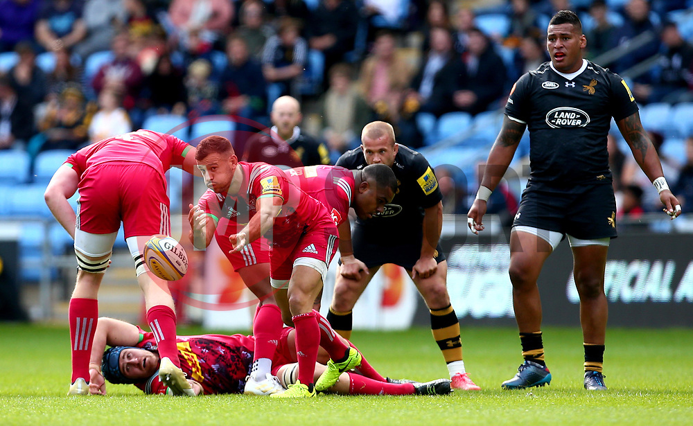 Danny Care of Harlequins passes the ball - Mandatory by-line: Robbie Stephenson/JMP - 17/09/2017 - RUGBY - Ricoh Arena - Coventry, England - Wasps v Harlequins - Aviva Premiership