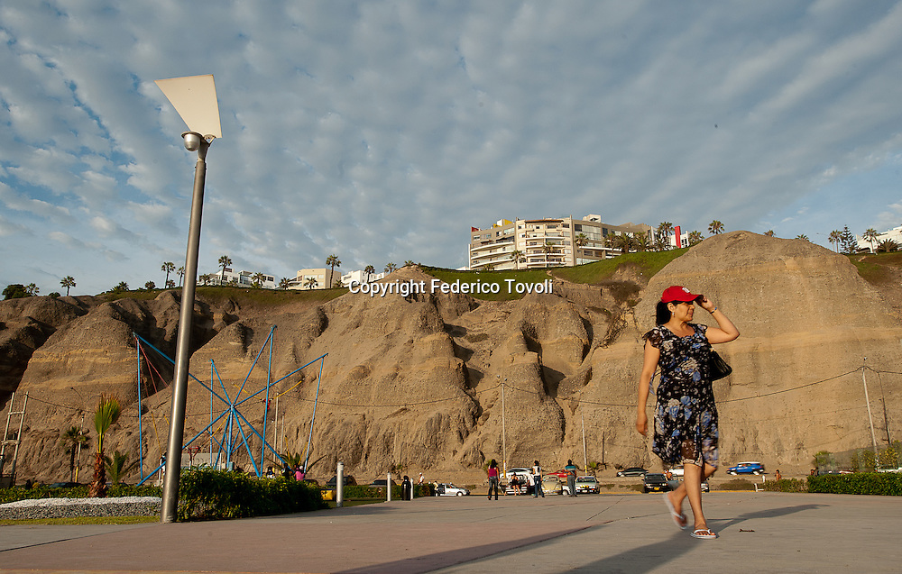 Peru, Lima, Barranco. The waterfront of Barranco is called Costa Verde